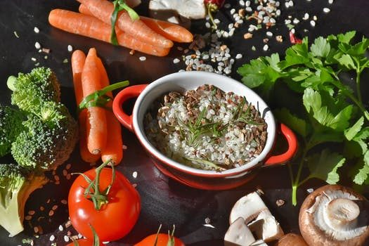 Clever Ways to Eat Healthy on a Budget